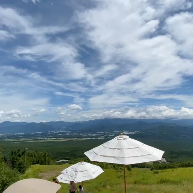 1900mの天空カフェで絶景を満喫